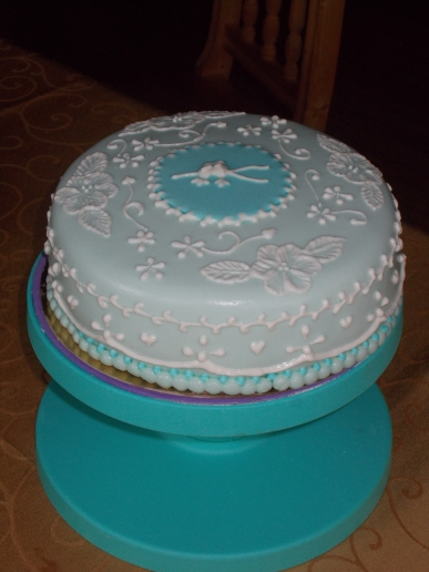 Torta con ghiaccia reale